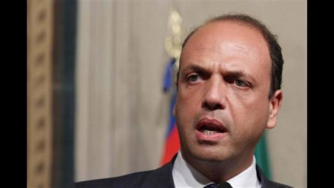 """Alfano: """"Governo Monti avrà buon esito"""""""