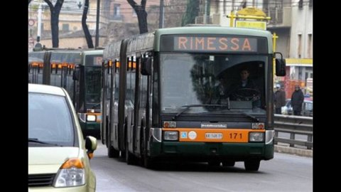 Sciopero trasporti venerdì 20 aprile: gli orari città per città
