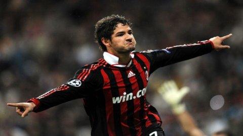 CAMPIONATO – Milan: Pato titolare contro il Genoa, in porta ancora Amelia