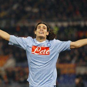 Napoli-Juventus: tegola per gli azzurri, il cannoniere Cavani non sarà della partita
