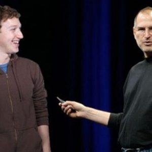 Facebook sfida Apple: Zuckerberg tradisce il suo mentore Jobs e lancia il proprio smartphone con HTC