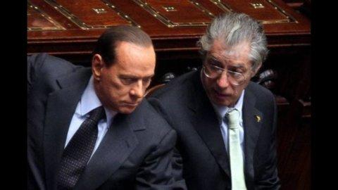 """Berlusconi: """"Monti non è in ritardo, lasciatelo lavorare"""". Appuntamento con Bossi questa settimana"""