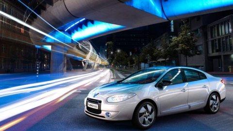 Borsa spinta da banche e Generali, occhio a Peugeot-Opel