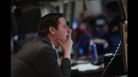 Spread Btp-Bund crolla a 450, rendimenti tornano sotto il 7%