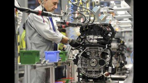 Istat, industria: produzione ottobre -4,2%