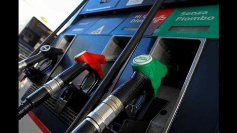 Carburanti: lieve aumento del prezzo della benzina a 1,786 euro al litro, Gpl alle stelle