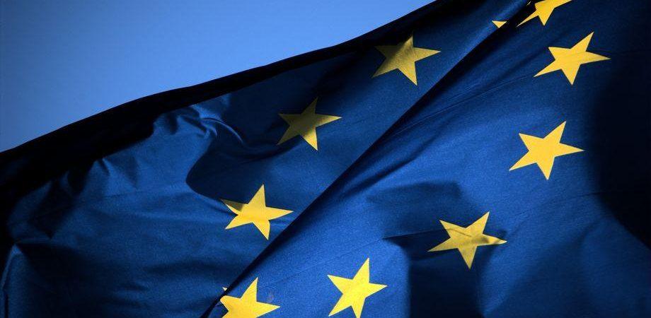 VERSO LE ELEZIONI – L'attacco all'euro è un colpo all'Europa che reclama più unità e democrazia