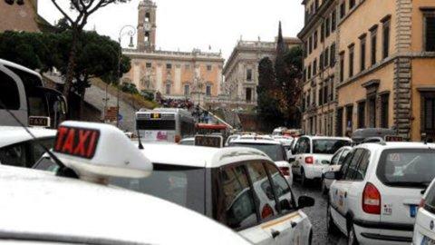 Sciopero taxi: per l'Autorità di garanzia sugli scioperi blocco totale 23 gennaio è illegittimo