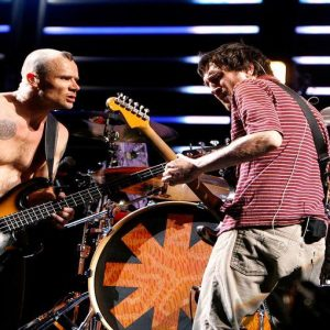 Crisi dell'euro? Niente Metallica e RHCP: anticipati i tour 2013 per timori di svalutazione