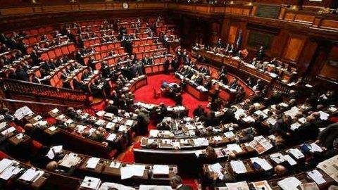 Parlamentari a confronto: la Casta italiana è la più ricca