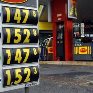 Benzina come oro, colpa del '900