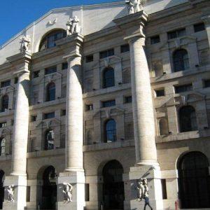 Duello al Monte dei Paschi e a Telecom Italia, nozze possibili per Bpm. Stamani Milano è positiva