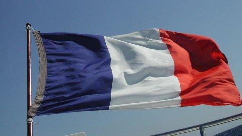 Francia colloca 8 miliardi di bond, tassi in lieve aumento: 3,29%