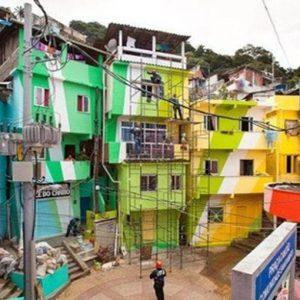 Brasile, microcredito agevolato rilancia l'economia nelle favelas di Rio de Janeiro