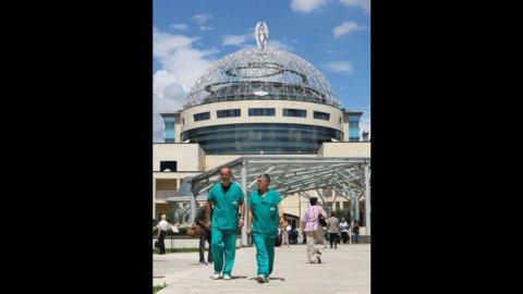 San Raffaele: Ior e Malacalza si ritirano, l'ospedale è di Rotelli