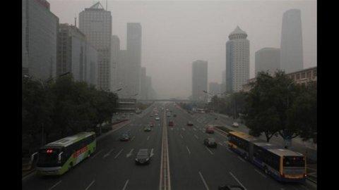 La Cina rallenta: Pil 2011 +9,2%, ma quarto trimestre oltre le attese (+8,9%)