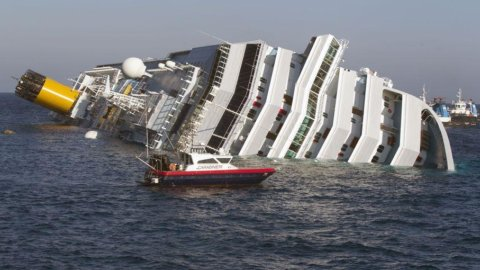 Concordia, il relitto sarà smaltito da Saipem a Genova