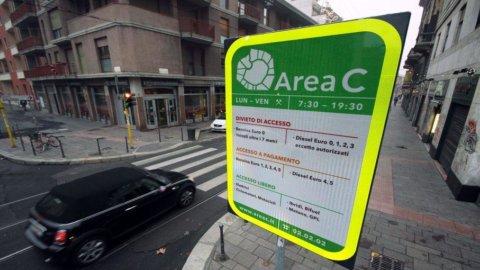 Area C: traffico in calo, ma smog ancora alto