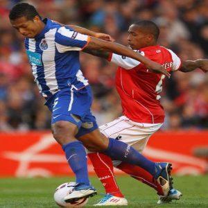 Calciomercato: Psg-Tevez, la firma oggi o mai più. Intanto l'Inter si inserisce tra la Juve e Guarin