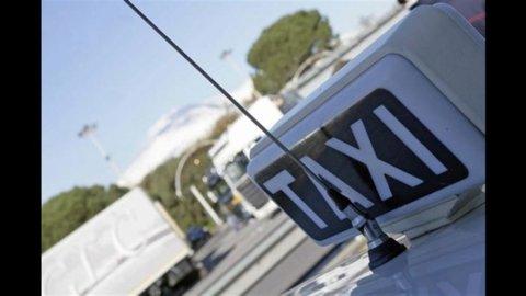 Taxi-Governo: sindacati soddisfatti, tassisti infuriati