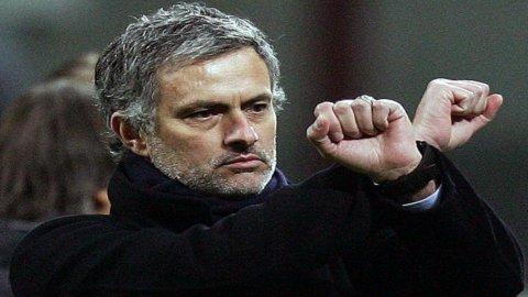 """Champions League, stasera Manchester-Real. Mourinho: """"E' come una finale"""""""