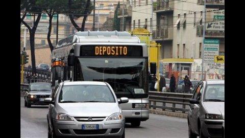 Sciopero trasporti: autobus, metro, treni e aerei fermi in tutta Italia