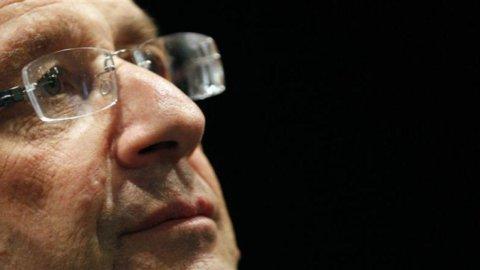 La Francia soccorre Peugeot: le ragioni di  Hollande