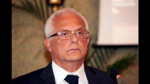 Tasse, ex ministro Visco: ok Irap, no aumento Iva