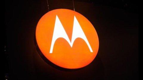 Google: dalla Ue ok ad acquisizione Motorola