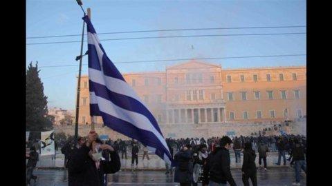 Grecia in caduta libera: Pil IV trimestre -7%