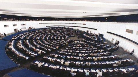 """Ue: Strasburgo chiede il """"Made in"""" obbligatorio su etichette prodotti"""