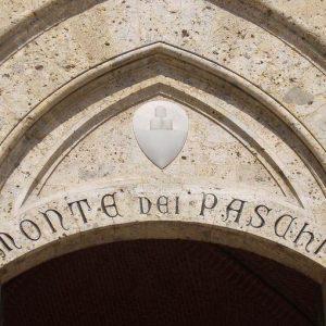 Siena, le dispute sulle nomine del Monte dei Paschi provocano le dimissioni del sindaco Ceccuzzi