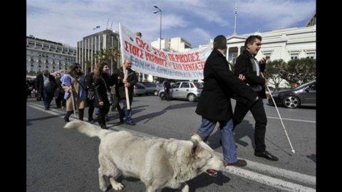"""Grecia, Fitch taglia il rating a """"C"""""""