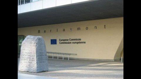 Ue: Pil Eurozona rivisto al ribasso, Italia -1,3% nel 2012