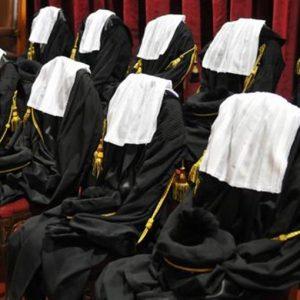 Avvocati, il governo Renzi alza le parcelle
