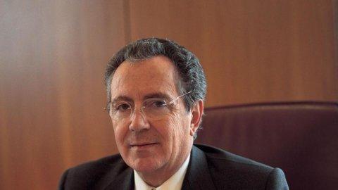 Unicredit sceglie domani il presidente: Gros-Pietro o Vita