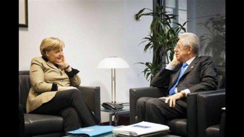 Merkel apre a rafforzamento Esm, oggi pomeriggio incontro con Monti a Bruxelles