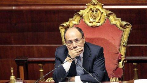 Senato, perchè il presidente Schifani non mette i suoi redditi sul web?
