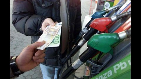 Carburanti, primi ribassi su verde e gasolio