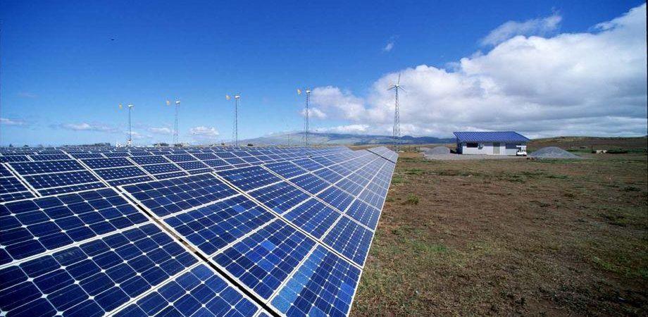 Enel, cessione immobili e solare Spagna spingono il titolo
