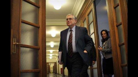 Grecia: Pil peggio delle attese, -7,5% nel quarto trimestre 2011