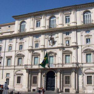 Nuove tensioni tra Italia e Brasile: bloccati i conti correnti dell´Ambasciata brasiliana a Roma