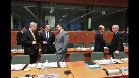 Eurogruppo: ok agli aiuti per la Grecia, sconto sul deficit alla Spagna