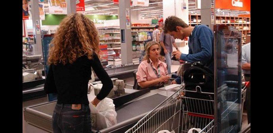 Stati Uniti: vendite al dettaglio +1,1% in settembre, nuovo calo per la manifattura di New York