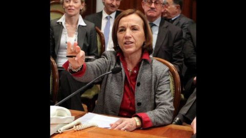 """""""Senza accordo, niente soldi"""": è scontro aperto tra il ministro Fornero e i sindacati"""