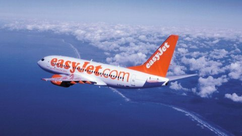 EasyJet assume mille dipendenti Air Berlin