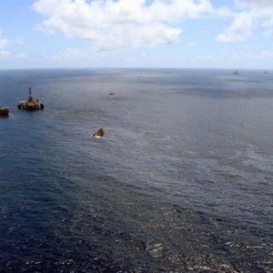 Brasile: fuoriuscita di petrolio, denunciati i vertici Chevron