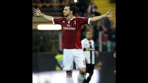 Il Milan vince anche a Parma (2-0) e continua la fuga