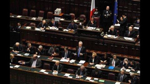 Liberalizzazioni: oggi fiducia alla Camera, ma è scontro sugli articoli senza copertura