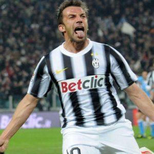 Calcio, Serie A: Del Piero, Totti e Zanetti, campioni senza età